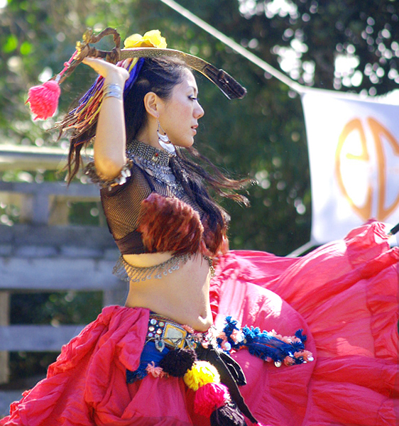 japanese belly dancer 1